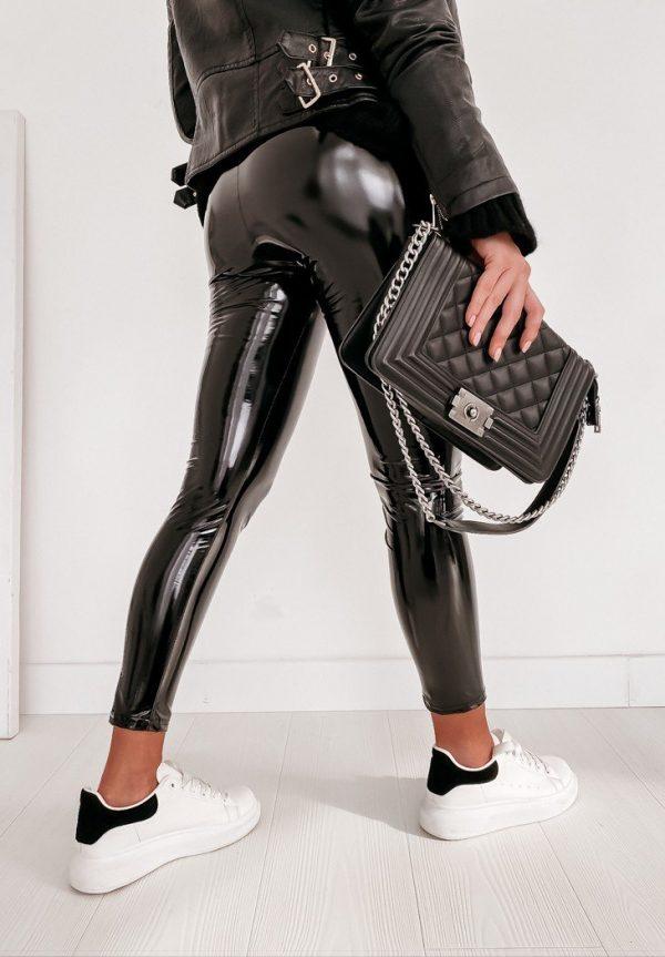 latexové legíny fashion