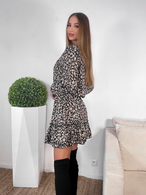 šaty bareana čierny podklad bielo hnedé škvrny